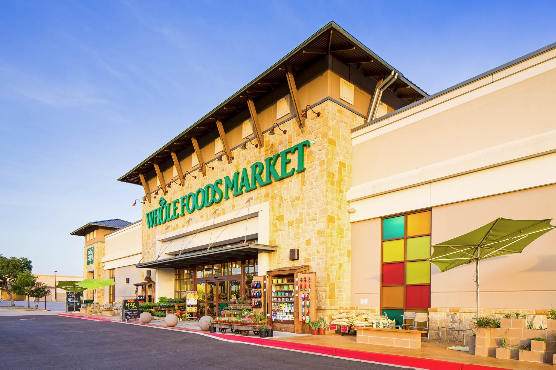 Tom DiMatteo - Retail  Photographer Austin Texas